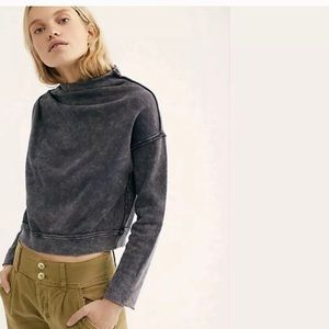 Free people Oh Marley Pull over Sweatshirt SIZE M